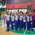 Blue Queens so striebornými medailami