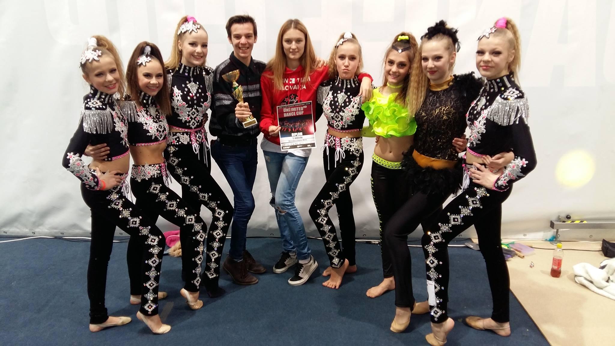 Juniorská disco skupina Selection zvíťazila na samé jednotky - s choreografmi Mirkom Figurom a Máriou Vojtekovou